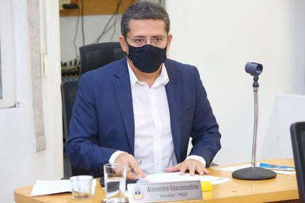 Vereador Alexandre Vasconcellos, autor dos pedidos.
